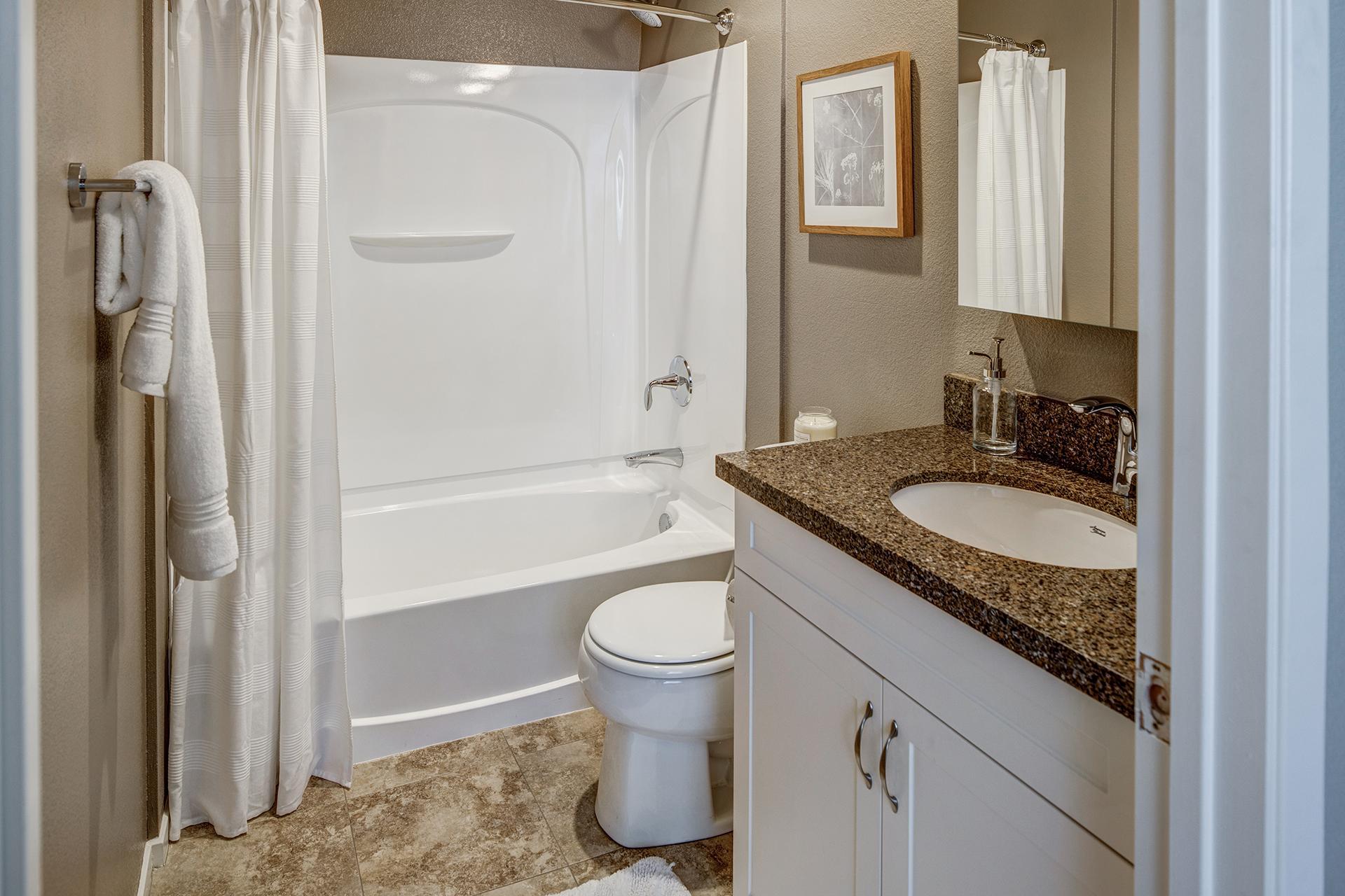 13_Bathroom