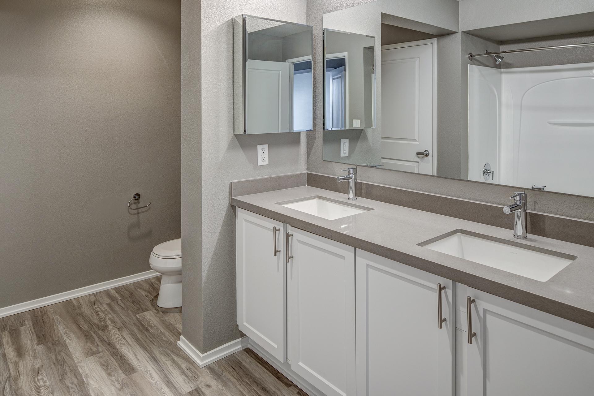 9_Bathroom
